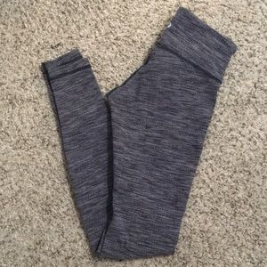 Black/grey knit Lululemon leggings (size 2)